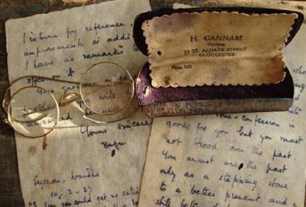 Mullock's проведет аукцион памятных вещей Махатмы Ганди