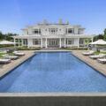 Особняк на берегу залива Мекокс продается за $58,5 млн