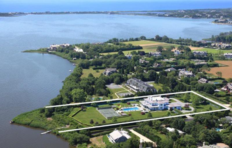 Особняк на берегу залива Мекокс продается за ,5 млн