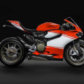 Эксклюзивный супербайк Ducati 1199 Superleggera