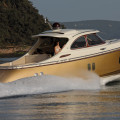 Адриана Лима купила яхту Zeelender 44 за $1 млн