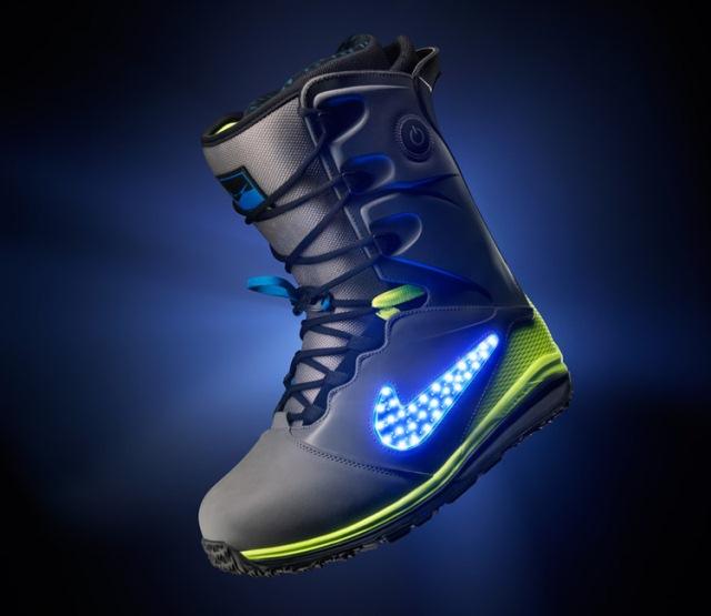 Nike LunarENDOR Quickstrike