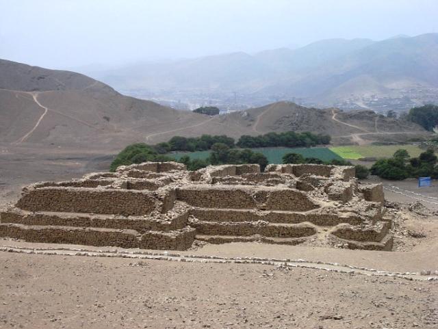 Drevneishiy hram mira