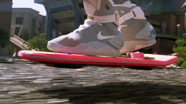 Летающий скейт из «Назад в будущее» это реальность