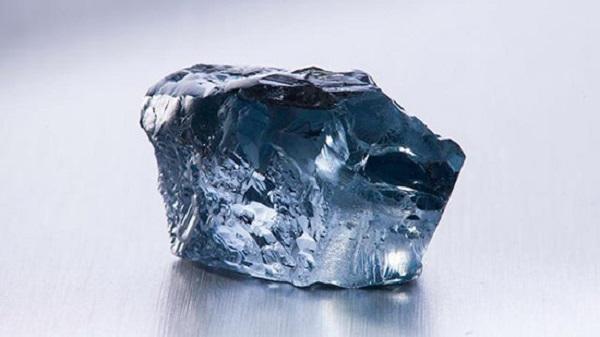 Самый большой голубой бриллиант уйдет с молотка Кристис