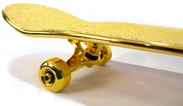Золотой скейтборд от нью-йоркской компании Shut