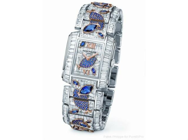 Женские часы с бриллиантами и сапфирами от Patek Philippe