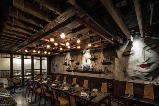 Hong Kong restaurant interior MOTT32 2