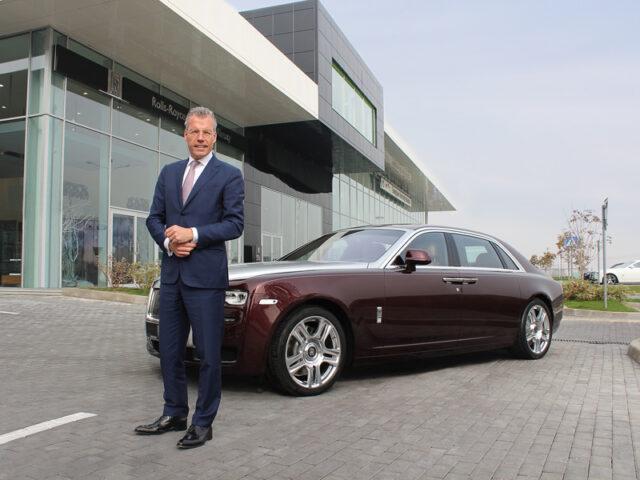 Торстен Мюллер-Отвос на открытии шоу-рума Rolls-Royce в Казахстане
