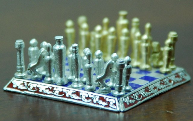 Smallest jewelry chess 3