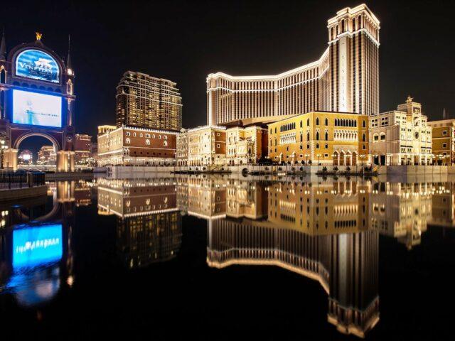 Курорт Парижский Макао в Китае