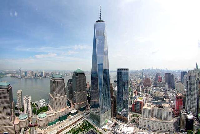 Башня Свобады — центральное здание в новом комплексе Всемирного торгового центра 1