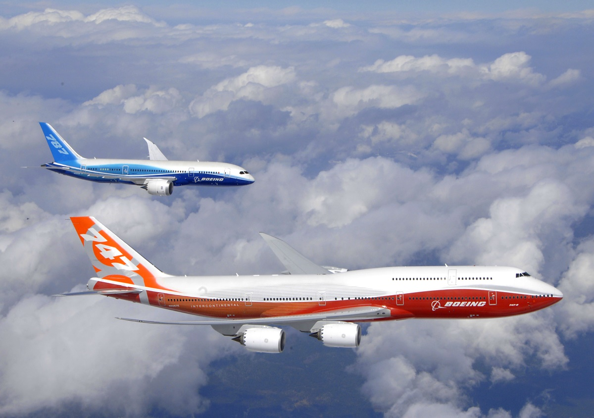 Boeing 747-8 Intercontinental and 787 Dreamliner