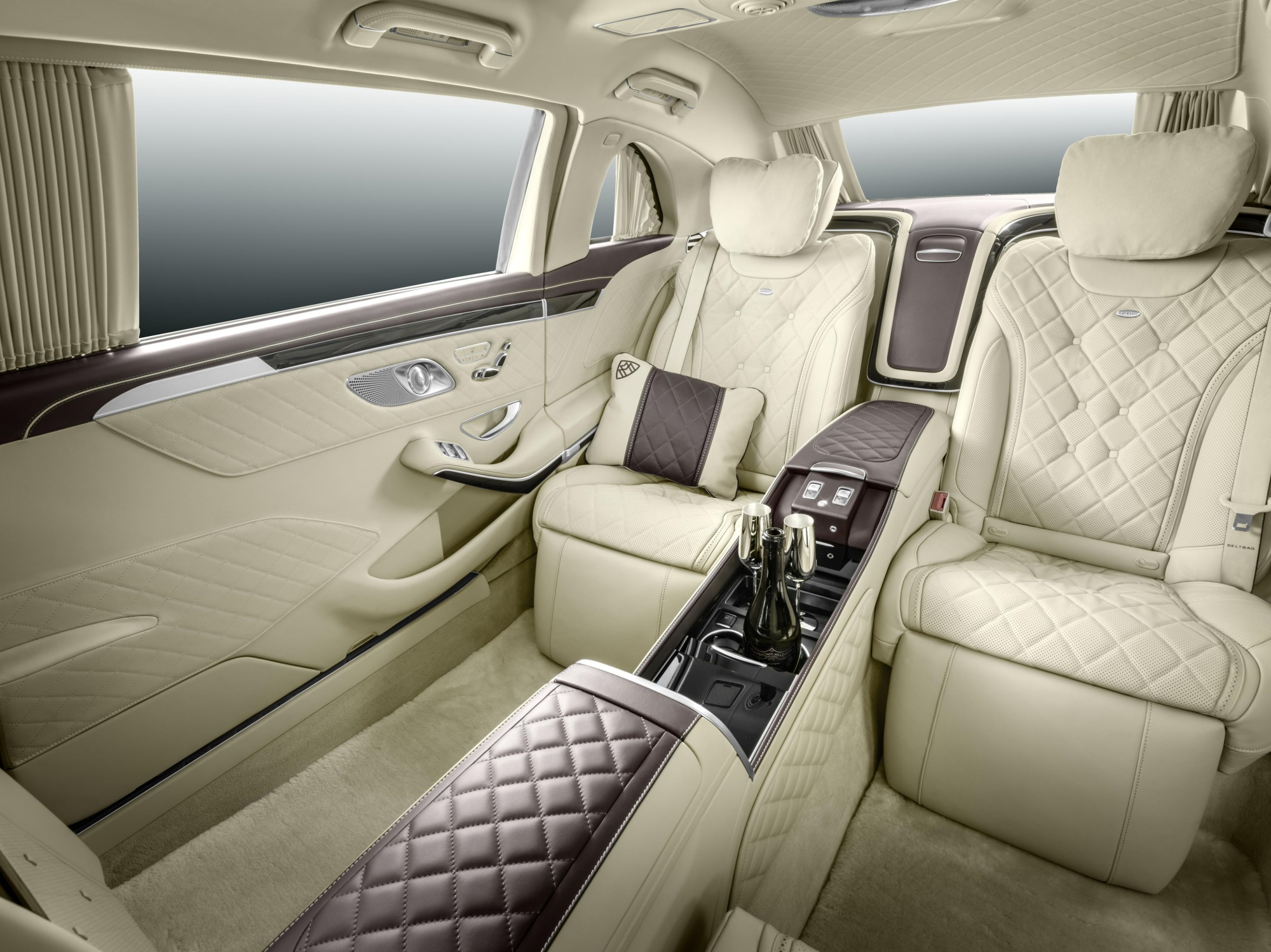 Mercedes-Maybach Pullman S600 3