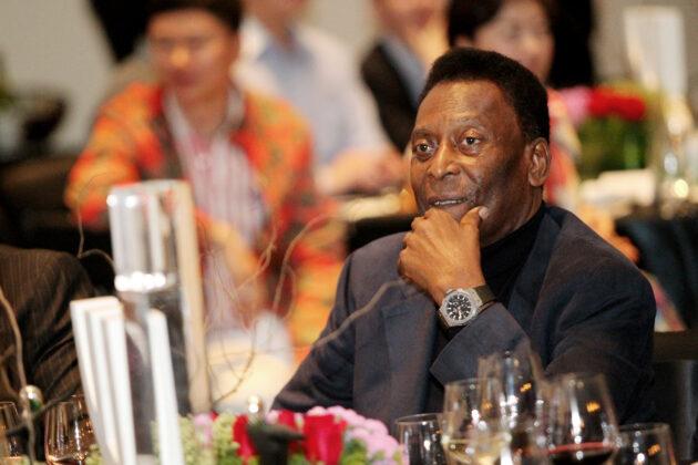 Пеле и Hublot посвятили часы футболу Китая