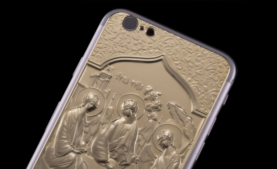 Божественный iPhone 6 Credo Trinita от Caviar