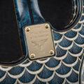 Бриллиантовая гитара Faberge & Fender