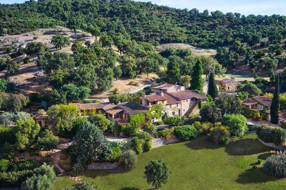 Johnny Depp village in France