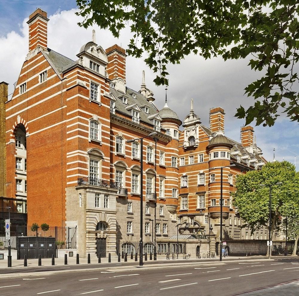 Scotland Yard luxury hotel