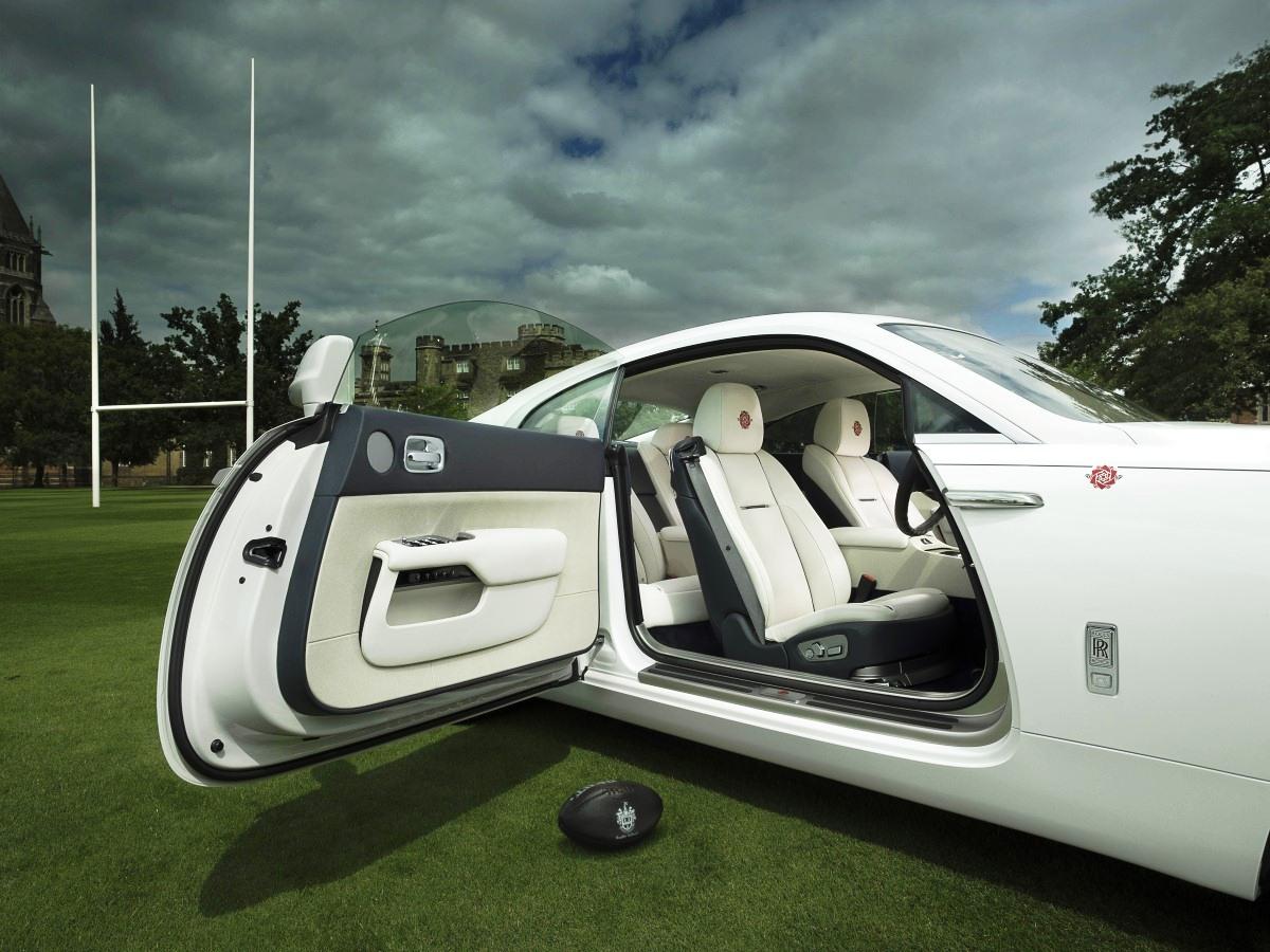Исторический люкскар Rolls-Royce Wraith - History of Rugby