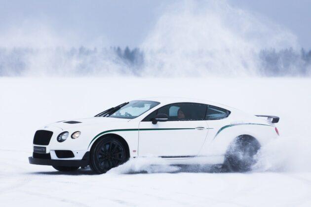 Bentley Bentayga дебютирует на Power on Ice 2016