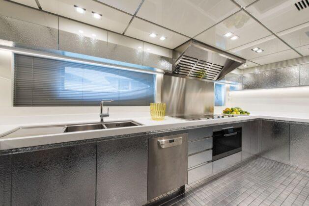 Суперяхта Fast & Furious от AB Yachts
