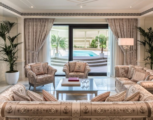 Курорт Palazzo Versace Dubai в Дубае
