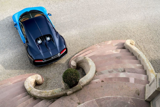 http://libymax.ru/wp-content/uploads/2016/03/Bugatti-Chiron-8-640x427.jpg